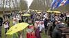 Vredelievende sfeer bij mars door Baarn van Police for Freedom: 'Wij zijn geen relschoppers' en 'Wat fijn dat we hier mogen lopen'
