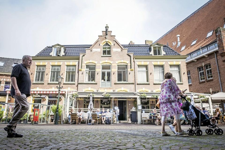 Bar/restaurant Hofman aan het Kerkplein in Alkmaar.