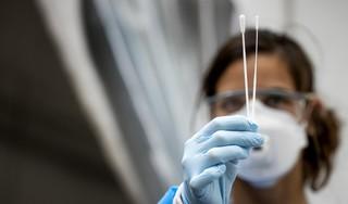 Omring start eigen testlijn corona om zieke medewerkers aan het bed minder lang te missen