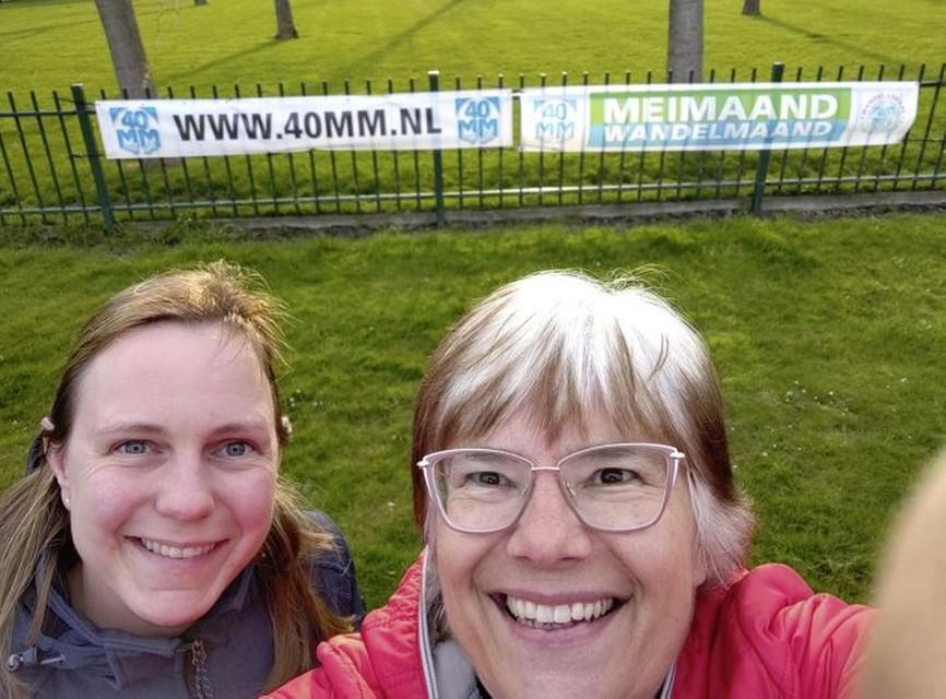 Deelnemers Teresa Schouten (rechts) met haar schoondochter.
