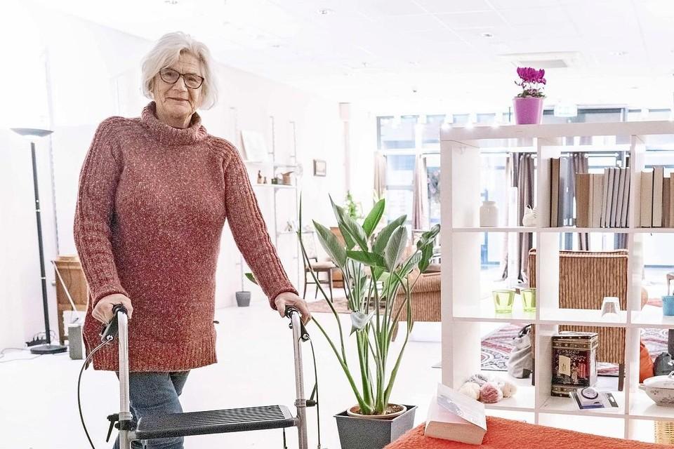 'Oma Jo' in haar Helderse 'winkelwoning'.
