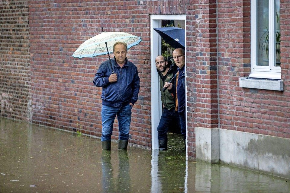 Hoog water in Hoensbroek.