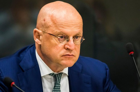 Minister: 'Hogere straf bedreiging burgemeester'