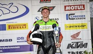 Glenn van Straalen gaat op Schleizer Dreieck naar zijn eerste podiumplek in de IDM Supersport 600
