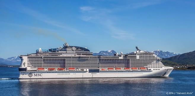 Cruiseschip vaart vanwege 'coronapaniek' door naar Mexico