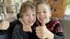 Gemeente Drechterland onverbiddelijk: 9-jarige tweeling mag geen spulletjes verkopen vanaf de oprit tijdens Koningsdag