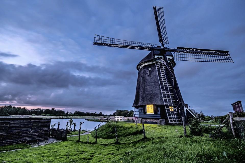 De Twiske Molen in het Twiske bij Landsmeer.