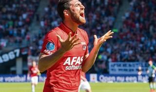 Voormalig topschutter van AZ gaat tekenen bij Feyenoord en wordt daar herenigd met Guus Til
