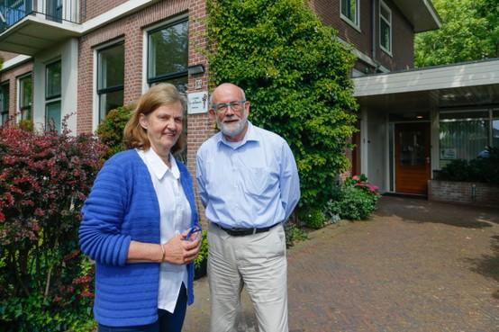 Huisarts met praktijk aan huis: Jan Sturris en Hanne Bergmeijer uit Berkhout vertegenwoordigers uitstervend soort