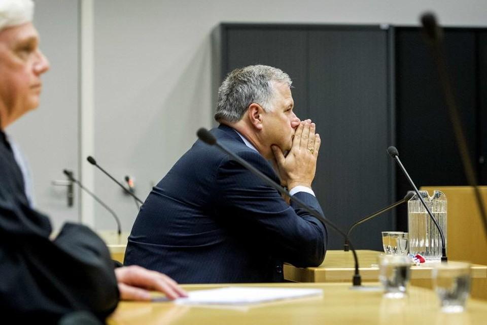 Ton Hooijmaijers (rechts) en zijn advocaat Frits Schneider.