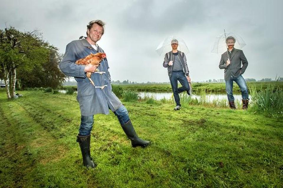 Evert Jan de Jong, Merlijn Doomernik en Coen Boevé zien fotografie als een goede aanvulling op het huiskamerfestival.