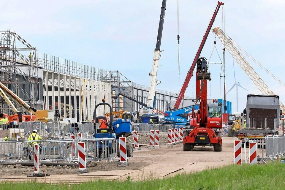 Op het bedrijventerrein Agriport A7 bouwt Google aan een datacenter.