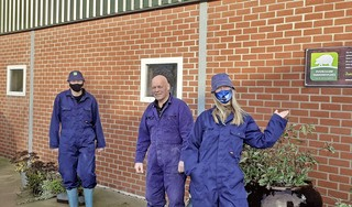 Voortbestaan varkenshouderij Stuijt in Obdam inzet van discussie