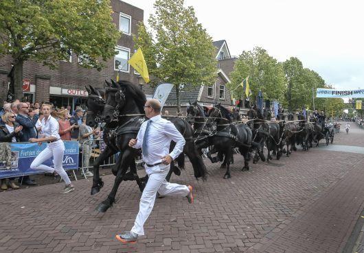 Spektakel met 'echte' PK's van Fries 12-span in Medemblik [video]