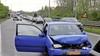 Eén gewonde bij kop-staart botsing op N200 bij Haarlem, verkeer muurvast