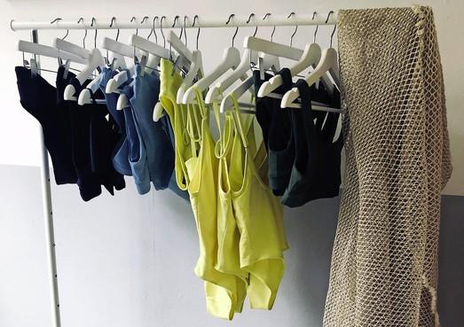 Zaanse zussen maken op duurzame wijze bikini's