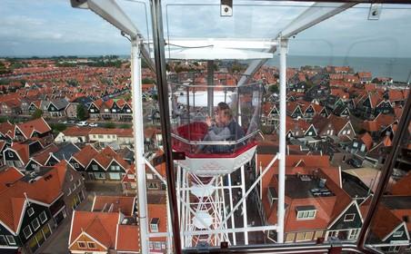 Sommige attracties op Volendammer kermis komen op andere plaatsen door vernieuwing Europaplein