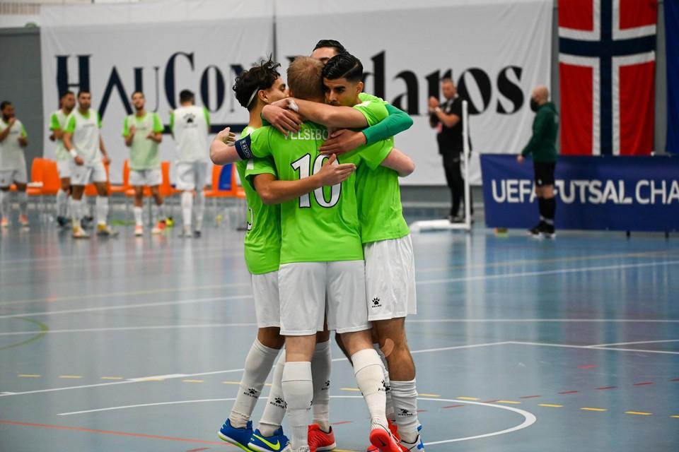 Hovocubo bleef zaterdagmiddag juichen in de Utleirahallen in Trondheim. De ploeg maakte gehakt van Utleira Idrettslag in de voorronde van de Champions League.