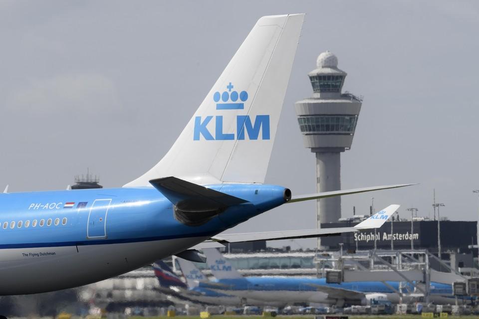 KLM, onlosmakelijk verbonden met Schiphol.