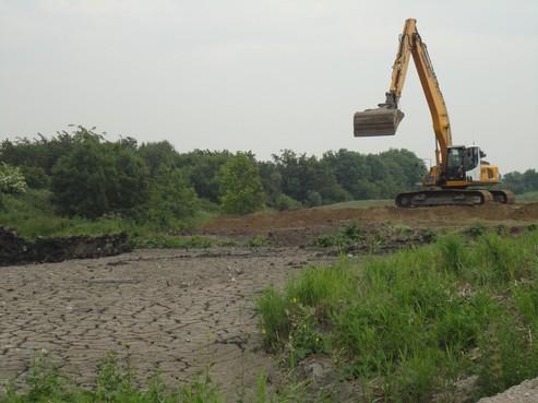Met benzeen vervuild grondwater uit Aagtenpark bereikt de Broekpolder