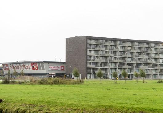 Media Markt eist extra gevelreclame op flatgebouw en de gemeente Heerhugowaard moet die dan betalen