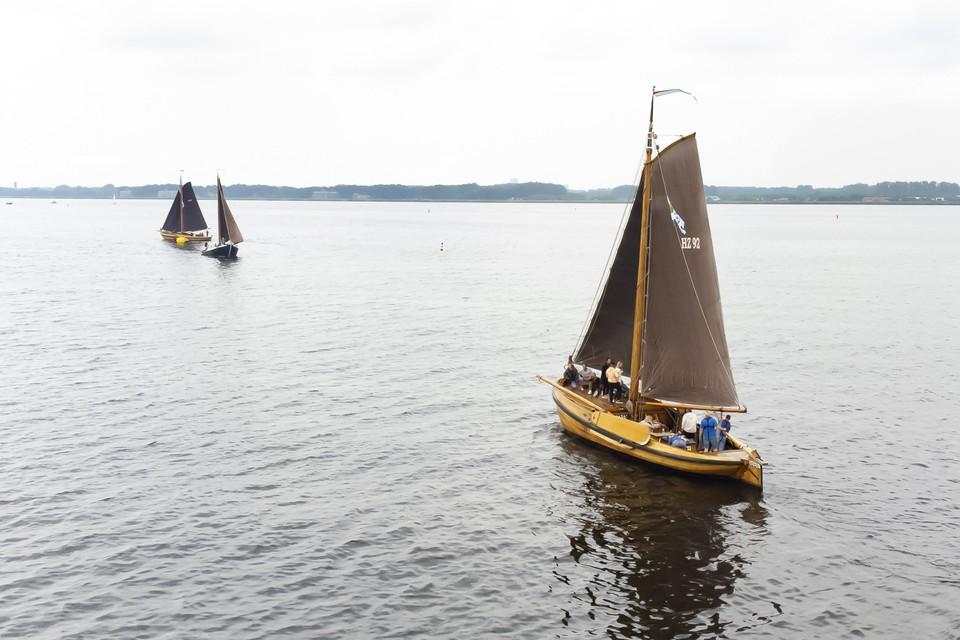 Taeje Bokkesrace op het Gooimeer, voor de kust van Huizen.