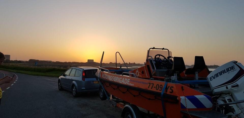 Ploeg 2 van de Hoornse reddingsbrigade keerde afgelopen nacht terug naar de post aan het Visserseiland.