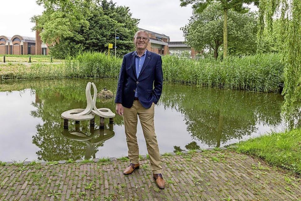 Waarnemend burgemeester Wim Groeneweg van Opmeer blikt tevreden terug. ,,Ik heb me vanaf het begin altijd en overal welkom gevoeld.''