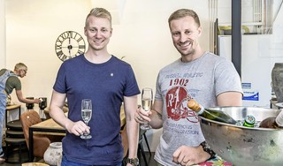 Nieuwe woonwinkel in Krommenie: Reuring wonen & living feestelijk geopend