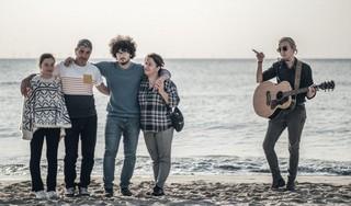 Videoclip voor vluchtelingengezin uit Azerbeidzjan gelanceerd. 'Hou de familie Rustamli thuis' [video]
