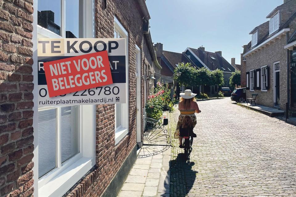 Op tal van plaatsen speelt het probleem, zo blijkt ook op de foto in Veere.