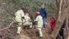 Brandweer bevrijdt hond die vijf uur lang vastzat in vossenhol in Huizen