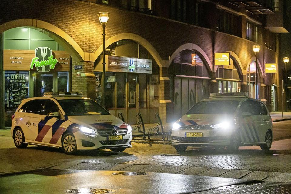 Dreigende avondklokrellen leidden begin dit jaar tot verhoogde paraatheid van de politie bij De Kaaikhof.