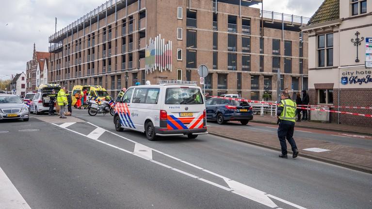 Motorrijder (24) overleden door botsing met auto op Kanaalkade in Alkmaar