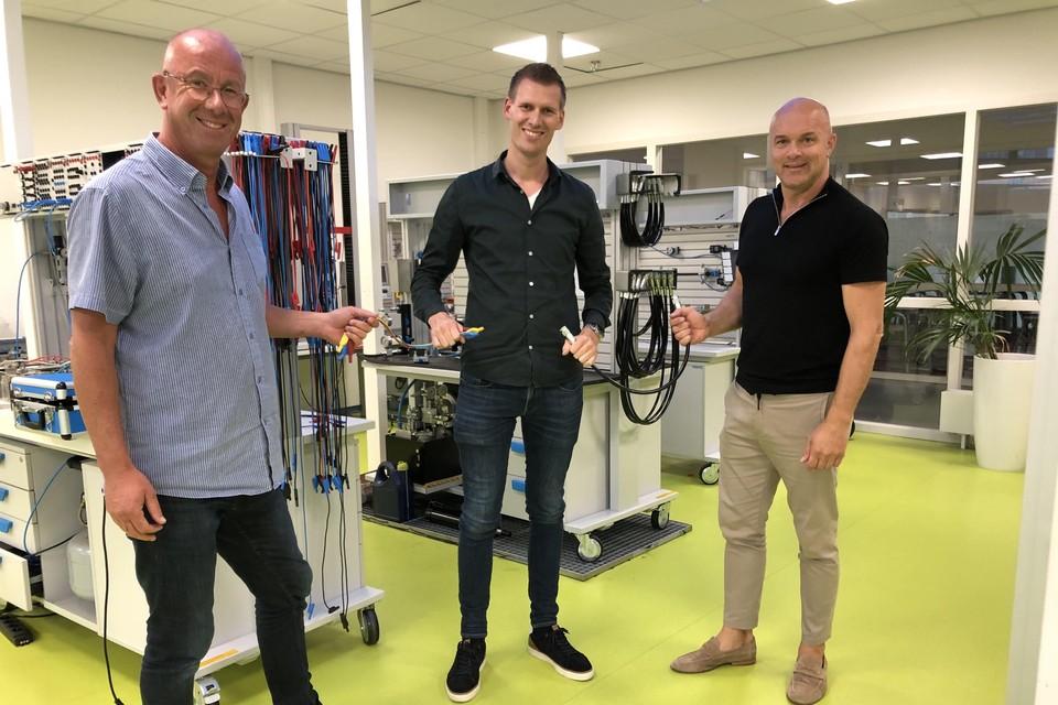 Peter van Dijk, Vincent Swier en Pieter Schouten zoeken de verbinding voor vmbo- en mbo-tech-studenten.