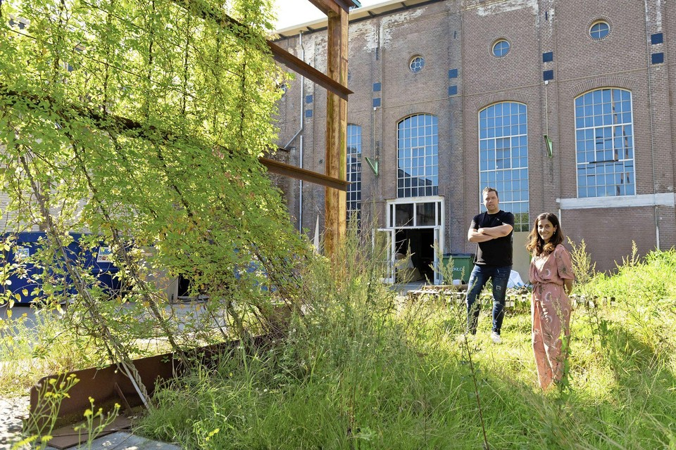 Raymond Klompsma en Tamara Marcus op het Hembrugterrein.