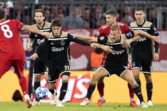 Dani de Wit blikt pas tijdens zijn vakantie terug op het bijzondere jaar van Ajax [video]