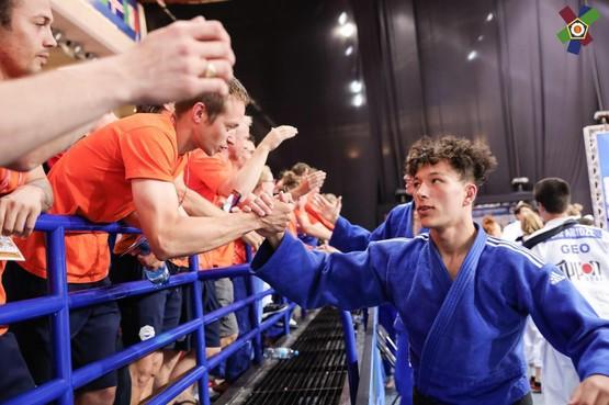 Jonathan Houkes is winnaar die ook na brons op NK judo altijd meer wil: 'Maar natuurlijk moet ik hier als eerstejaars blij mee zijn'