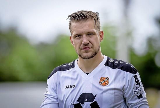 FC Volendam zegt contract van pechvogel Mitchel Michaelis formeel op