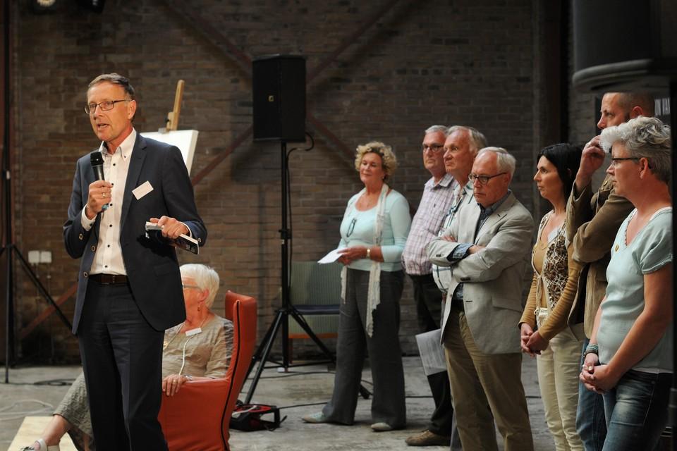 Voorzitter Victor van Dijk van de raad van bestuur van zorgorganisatie Omring is verheugd over de eerste ideeën van Thuis. FOTO BUREAU MENEER DE LEEUW