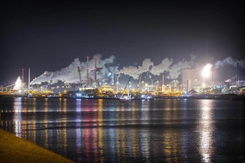 KWF Kankerbestrijding schaart zich aan de kant van de milieuclubs die zelf onderzoek naar de uitstoot van Tata Steel gaan doen.