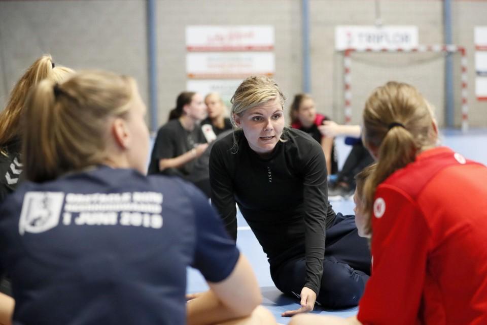 Jane Kramer was voor de zomer al de reserve-aanvoerster. Zij weet precies hoe ze haar team aan moet sturen.
