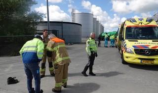 Twee personen onwel door werkzaamheden met varkensmest in Slootdorp: omstanders proberen de meststroom te stoppen