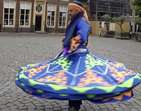 Raad van Kerken streeft tijdens Stadsfeesten naar contact tussen culturen en geloven: Veelkleurige ontmoetingen in Hoorn