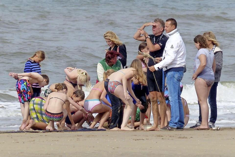 Kinderactiviteiten op het strand van Wijk aan Zee.