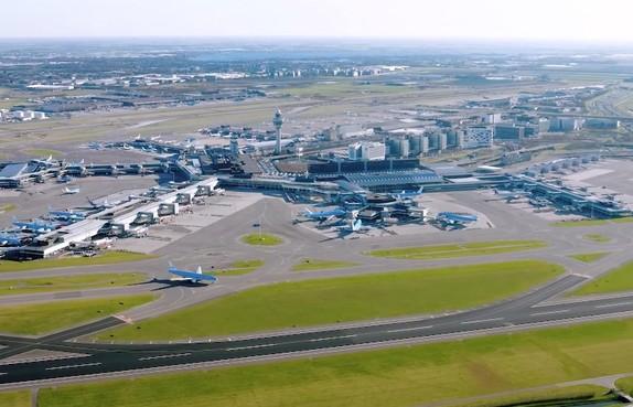 Luchtruim Amsterdam-Zuidoost gaat uur dicht voor herdenking Bijlmerramp