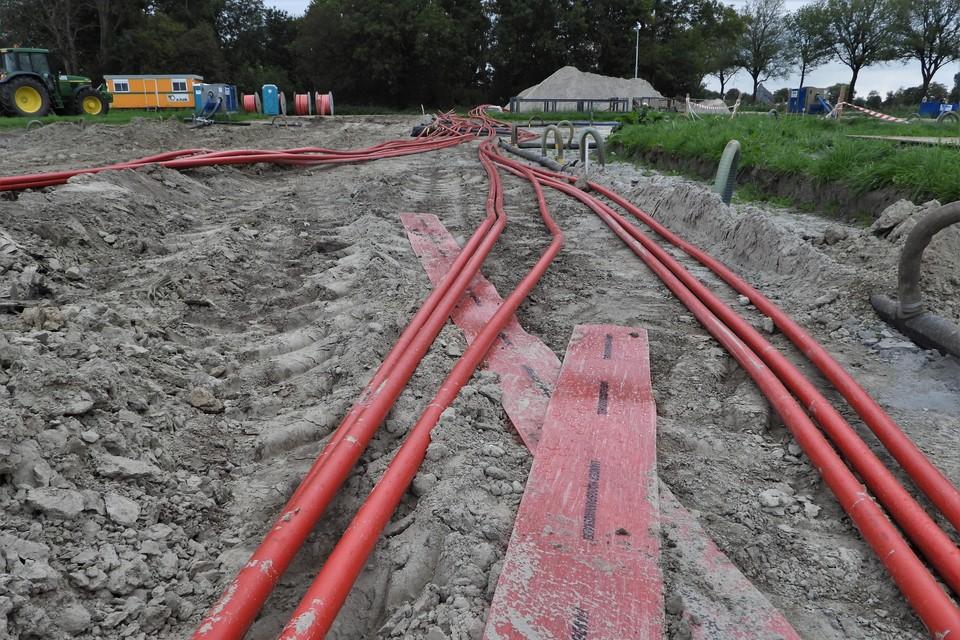 Met man en macht werkt Liander aan nieuwe stroomkabels in Noord-Holland.