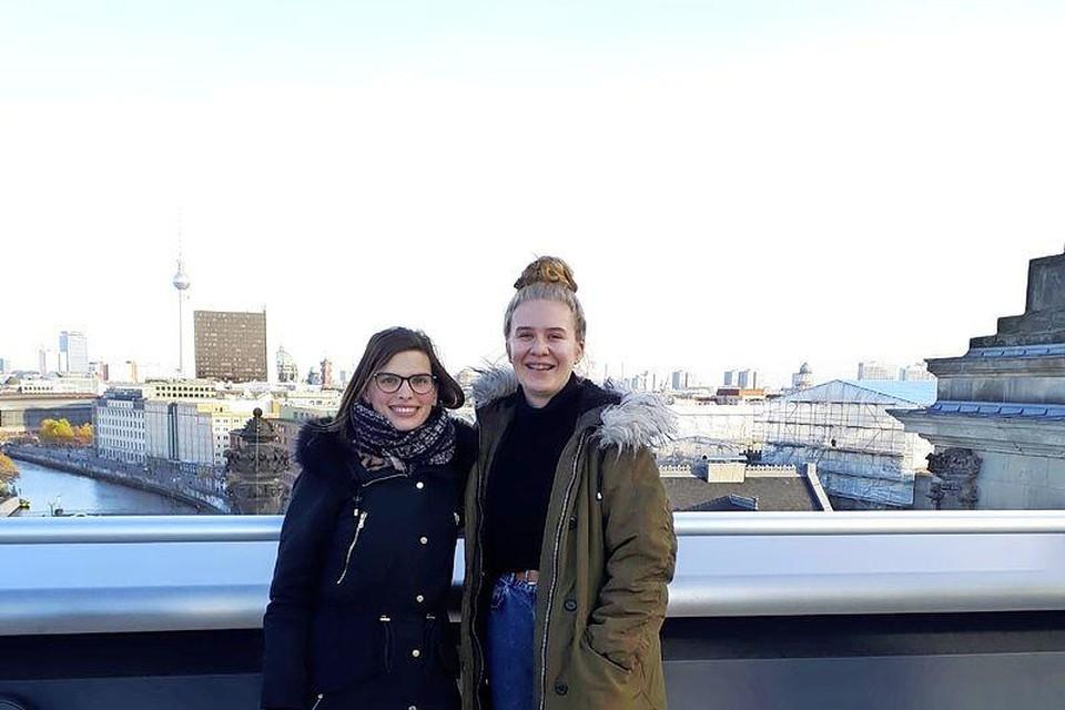 Lidia en Lot op schoolreis in Berlijn.