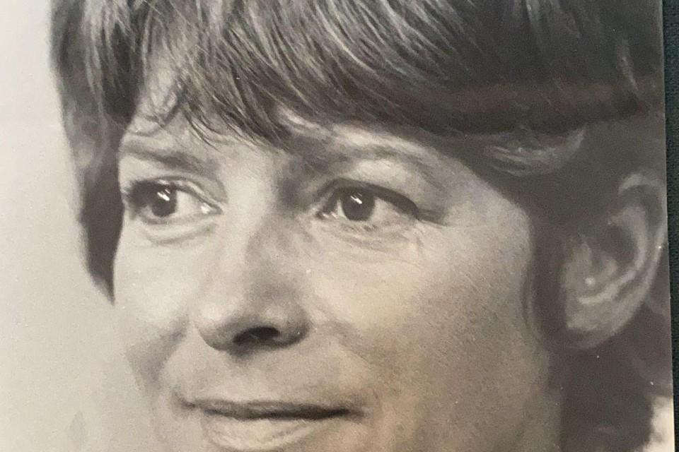 Presentatrice Dore Smit heeft haar hele werkzame leven veel televisiewerk gedaan.