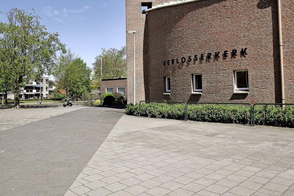 Naast de Verlosserkerk komt nieuwbouw met circa 35 appartementen.